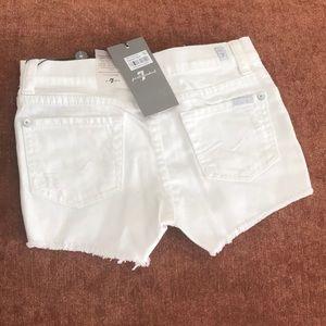 NWT 7FAMK Girls shorts